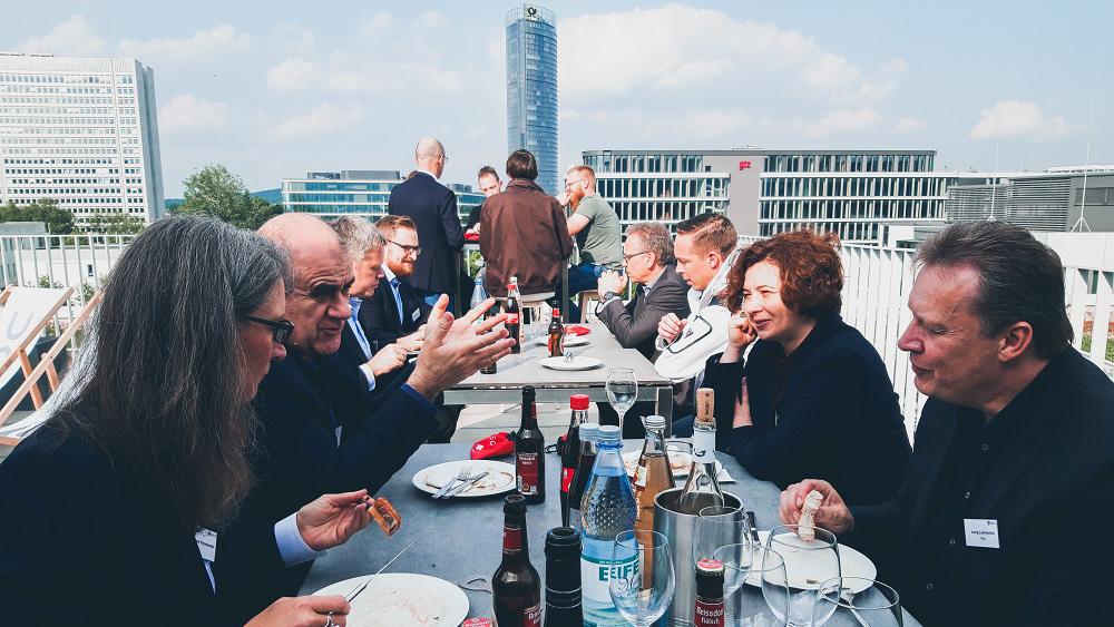 CSOC Meetup Grillen auf der Dachterrasse der dhpg Bonn