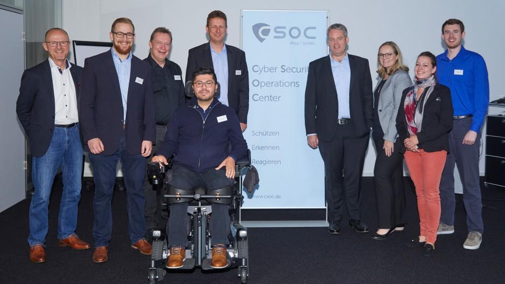 Teambild aufgenommen beim CSOC Meetup SOC Team
